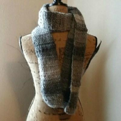 """RDH"" Marble Scarf ~ Free Crochet Pattern"