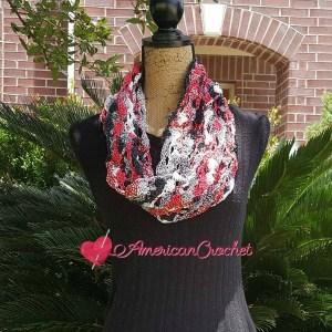 Rose Trellis Cowl ~ Free Crochet Pattern