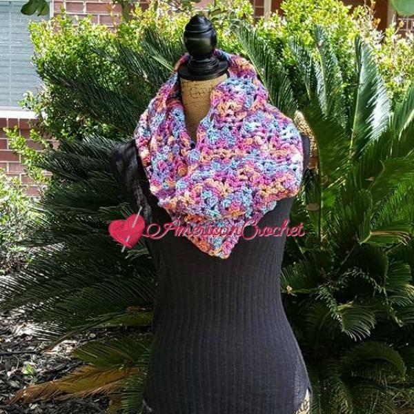 Madeline's Sunset Cowl | Free Crochet Pattern | American Crochet @americancrochet.com #freecrochetpattern
