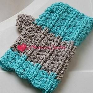 Vintage Lace Shells Bath Mitt | Free Crochet Pattern | American Crochet @americancrochet.com #freecrochetpattern