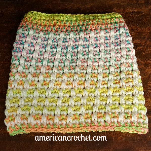 Magical Retro Christmas Stocking Part One | Crochet Pattern | American Crochet @americancrochet.com #crochetpattern #crochetalong