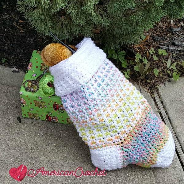 Magical Retro Christmas Stocking | American Crochet @americancrochet.com #crochetalong