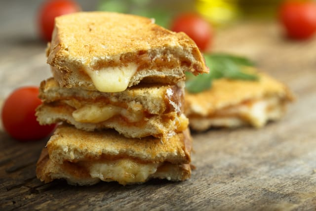 Griddle Recipes: Deluxe Grilled Cheese Sandwiches