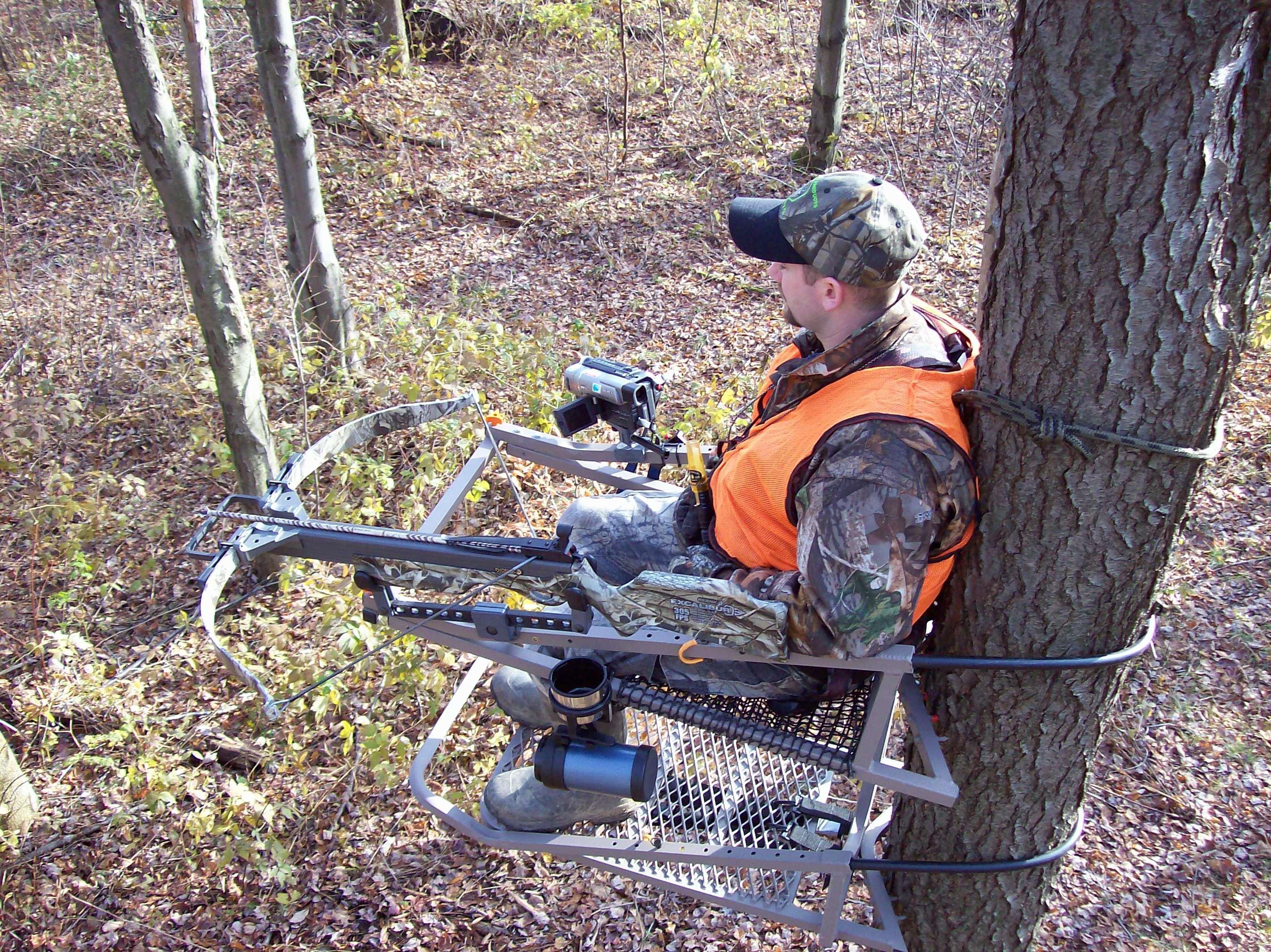 Deer Stand American habitat Brokerage