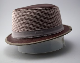 hat-cone-s