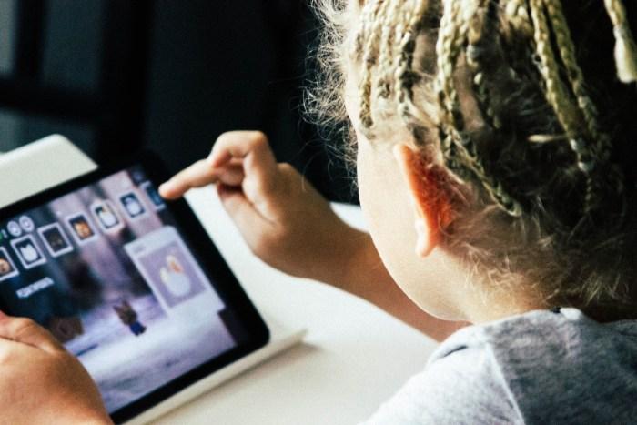 redes sociales niños infelices4