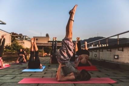 yoga dolor de espalda