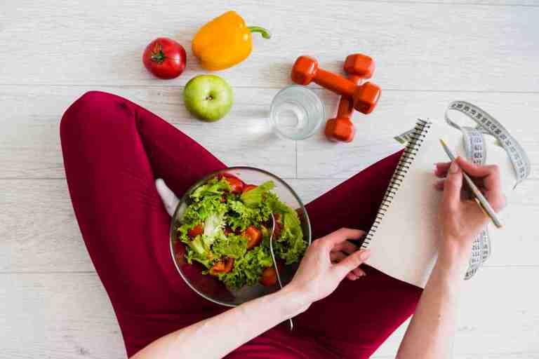 La dieta que necesitas para quemar grasa e iniciar el año con un six pack