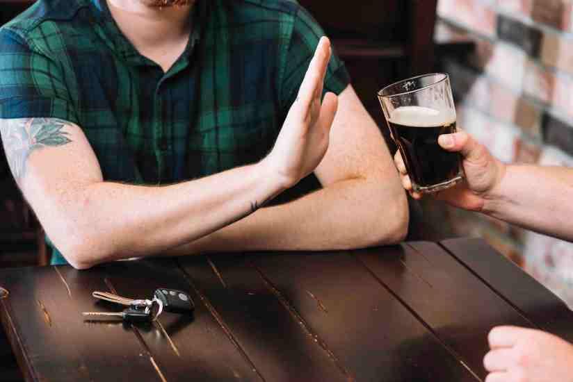 Esto es lo que pasa con tu cuerpo al dejar de tomar alcohol