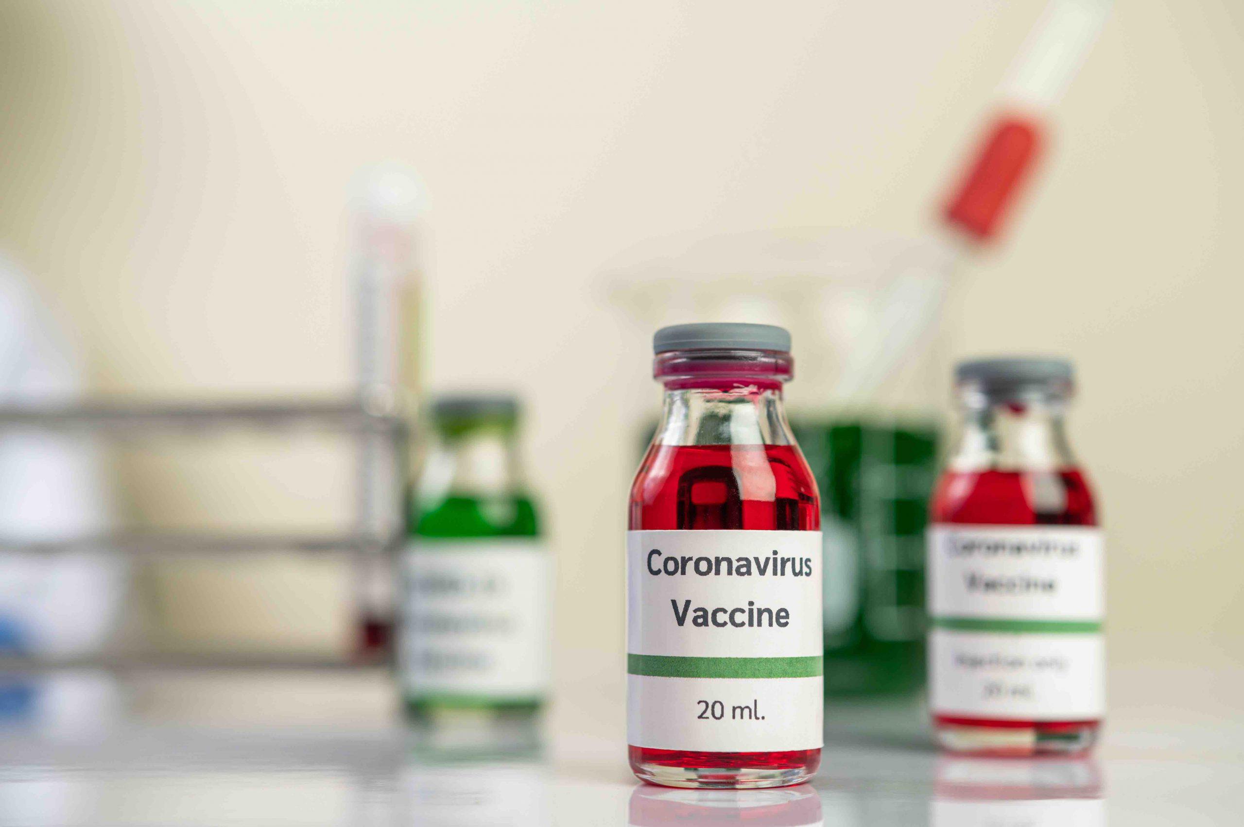 Vacuna contra Covid-19 de Moderna Inc avanza a Fase 3