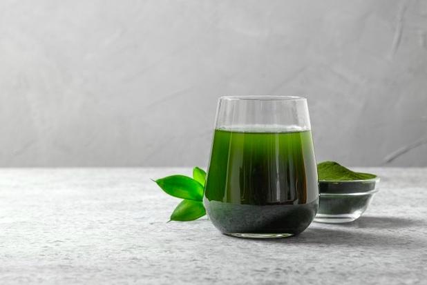 Agua con clorofila: el elixir que aporta grandes beneficios a tu salud