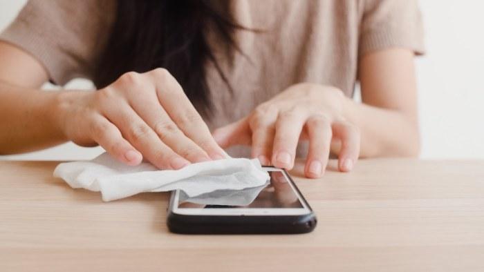 Cómo limpiar tu smartphone para prolongar su vida útil y evitar descomposturas