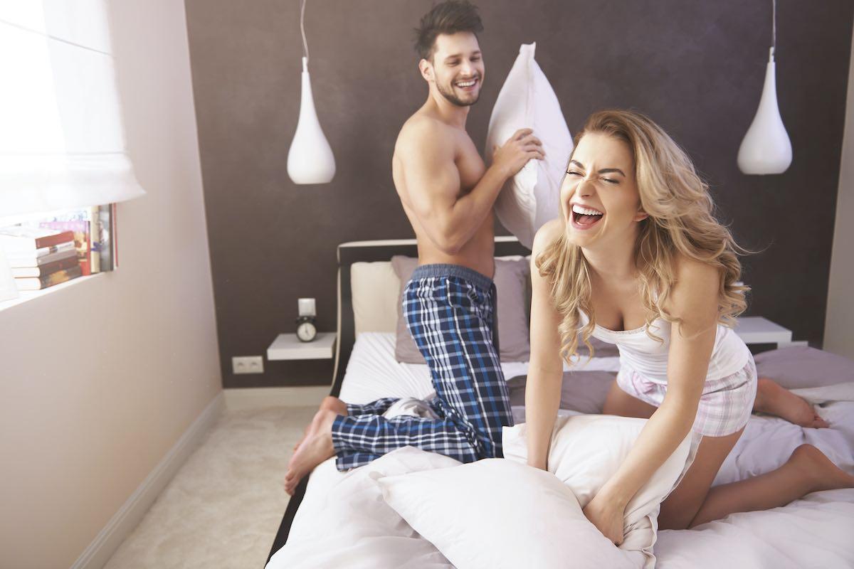 5 Juegos eróticos para disfrutar con tu pareja en la cama