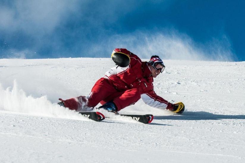 4 Destinos de ensueño para esquiar que incluyen spa