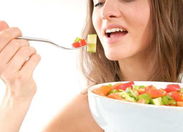 No es necesario que te mates de hambre con dietas rigurosas para adelgazar, tú puedes armar un plan alimenticio saludable sin privarte de tus alimentos favoritos.