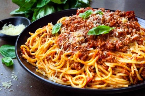 Sin duda el spaghetti a la boloñesa es un clásico que no puede faltar en tu mesa.