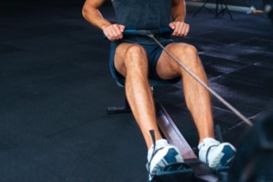 La vitamina C promueve ayuda al crecimiento y mantenimiento de huesos, ligamentos, tendones y articulaciones.