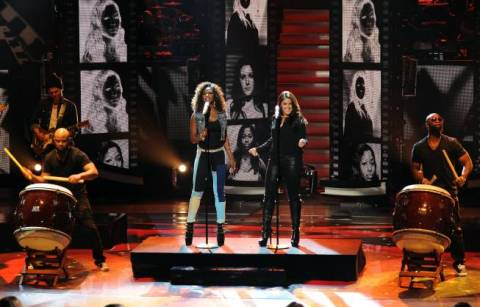 Amber and Kree duet on American Idol 2013