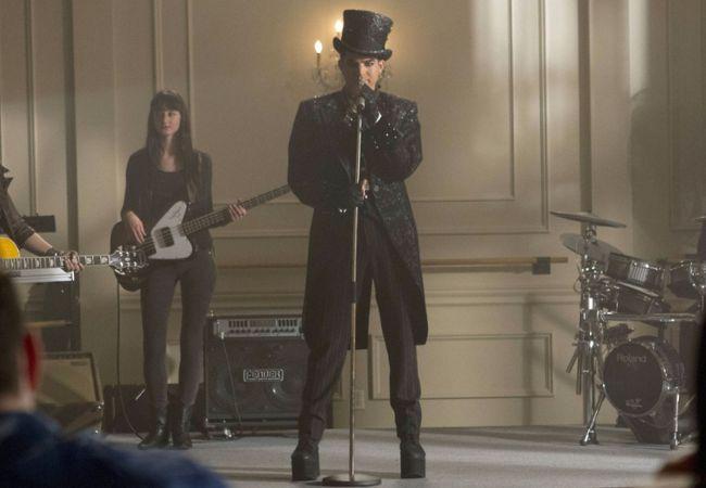 Adam Lambert on Glee as Starchild