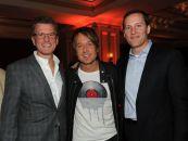 Keith Urban poses with FOX executives at FOX