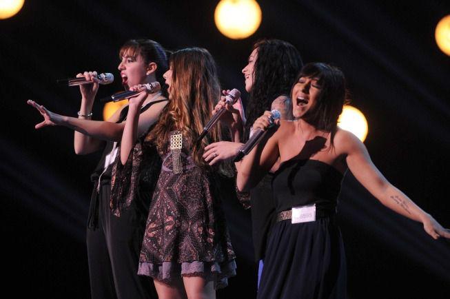 Groups perform in Hollywood Week 04