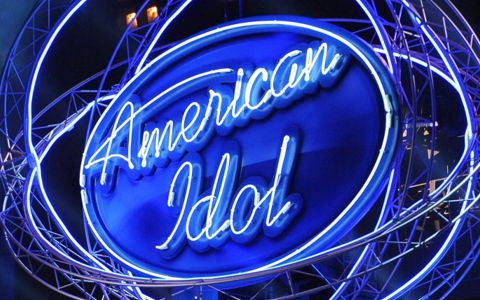 American Idol stage sign