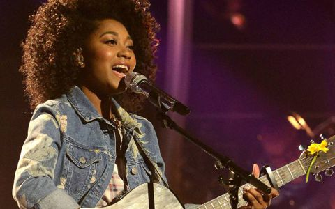 Majesty Rose performs on American Idol