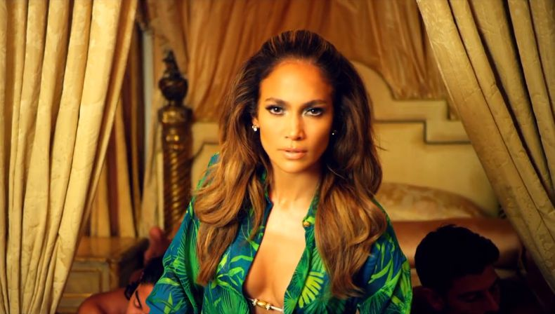 "Jennifer Lopez in ""I Luv Ya Papi"" – 01"