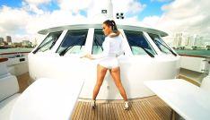 "Jennifer Lopez in ""I Luv Ya Papi"" - 06"