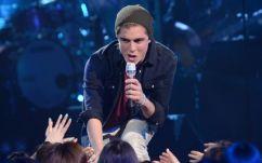 Sam Woolf performs on American Idol 2014