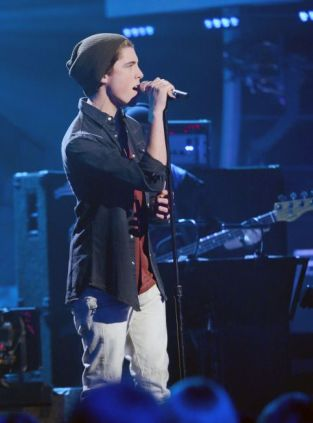 Sam Woolf on American Idol Top 6