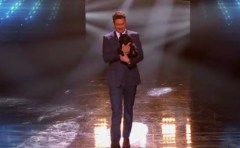 American Idol 2014 Top 2 Results - Ryan Seacrest and puppy Georgia 2