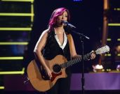 american-idol-2014-top-4-performances-jessica-03