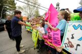 Alex Preston greets his fans