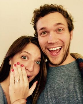 american-idol-phillip-phillips-hannah-blackwell-01