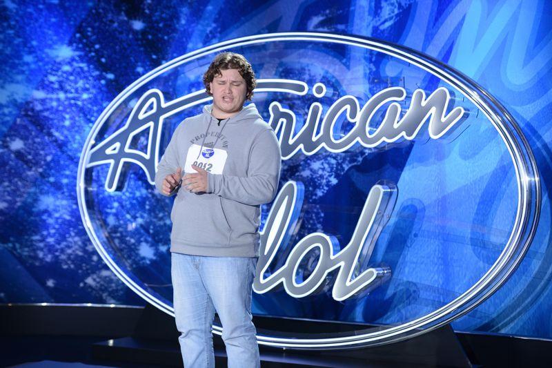 Zach Johnson performs on American Idol 2015