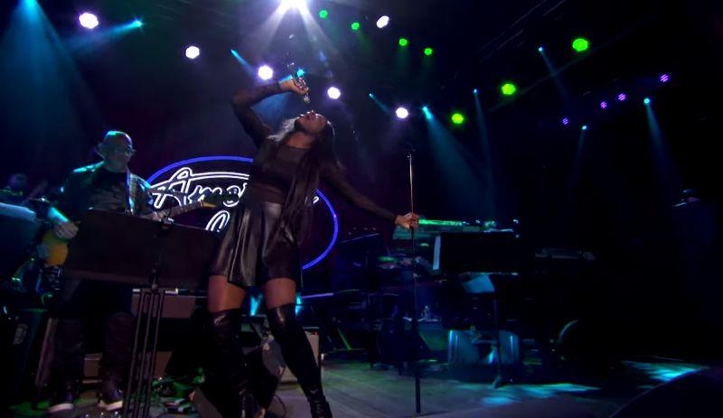 Adanna sings on American Idol