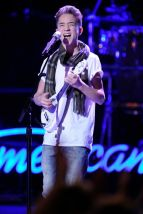 Daniel Seavy performs