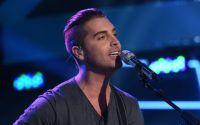 Nick Fradiani performs on American Idol 2015