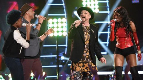 American Idol 2015 Hopefuls perform with Boy George