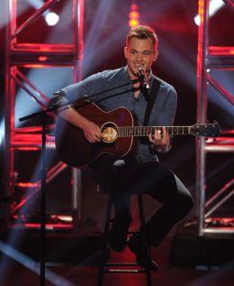 Clark Beckham performs