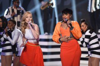 Iggy Azalea and Jennifer Hudson perform