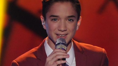 Daniel Seavey performs on American Idol 2015