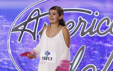 AMERICAN IDOL: Sarah Sturm performs in front of the Judges on AMERICAN IDOL airing Wednesday, Jan. 12 (8:00-9:00 PM ET/PT) on FOX. © 2016 Fox Broadcasting Co. CR: Craig Blankenhorn / FOX.