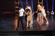 american-idol-2016-hollywood-solo-05