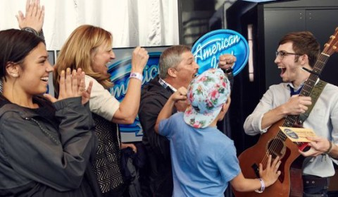 American Idol 2016 Hopeful receives a Golden Ticket
