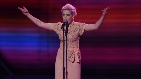 Jenn Blosil American Idol 2016 performance (FOX)