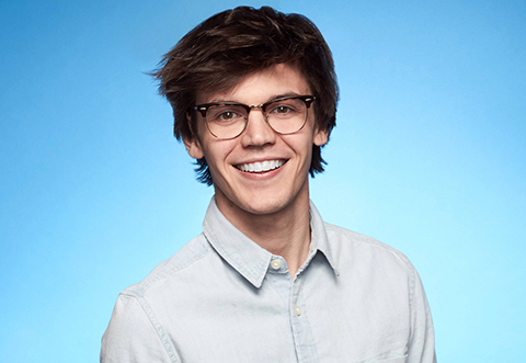 AMERICAN IDOL: Top 10: MacKenzie Bourg. Cr: Fox / © 2016 FOX Broadcasting Co.