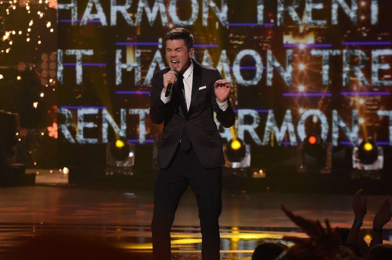 Trent Harmon crowned winner of American Idol 2016 – 01