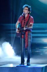 american-idol-2016-top-3-mackenzie-bourg-02